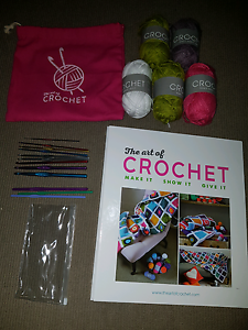 The art of crochet 1st 3 issues folder yarn hooks and bag,other Bacchus Marsh Moorabool Area Preview