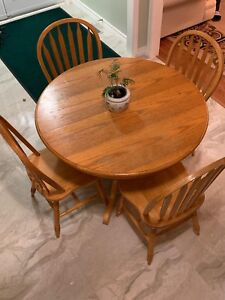 Hardwood kitchen table and 4 chairs