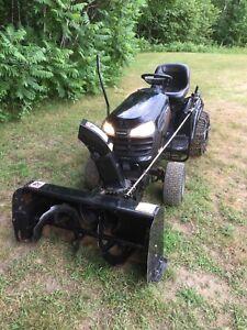 Tracteur à gazon full équipé