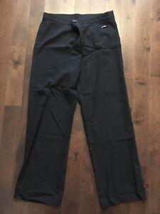 Pantalons noir avec petite poche avec zip