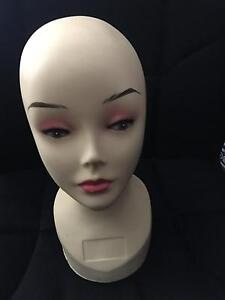 Mannequin/ Model/ Bust Maroubra Eastern Suburbs Preview