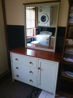 Chest of drawers, 2x dressers, 2 x single beds, tallboy, bedsides Greenvale Hume Area Preview