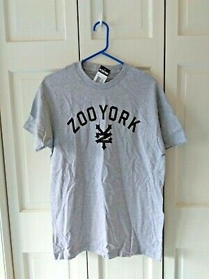 fcb602b94 NWT Men s Zoo York Cordovani Red Short Sleeve Graphic T Shirt Size XL