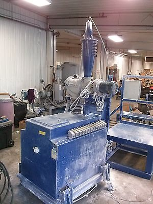 Nordson 200lb Fluidizing Hopper W Azo Sieve Accumulator 13 Powder Pumps