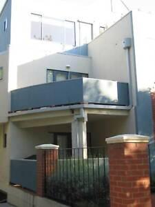 Elwood - Single bedroom luxury unit.  Open Sat 19 June 1:30 - 2:00pm