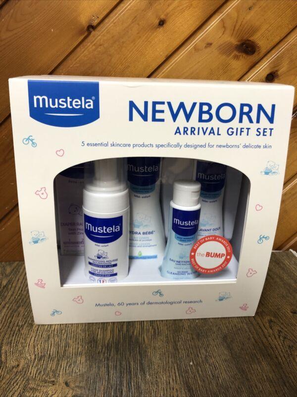 Mustela Newborn Arrival Gift Set Baby Bath Time & Skin Care Essentials New