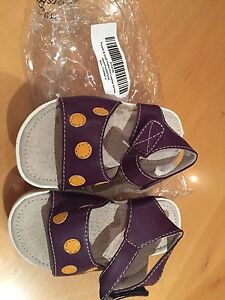 New purple dot toddler summer sandals size 4 Henley Beach Charles Sturt Area Preview