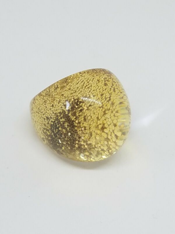 Vintage Retro Clear Lucite Gold Tone Glitter Dome Ring Size 6