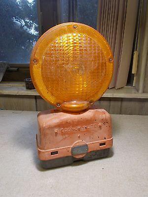 Economy-lite Barricade Signal Construction Safety Light W Black Base