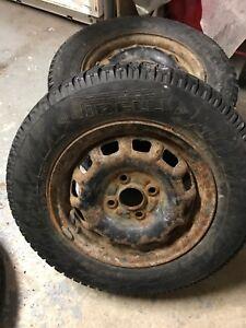 pneu d'hiver 175/70/r13