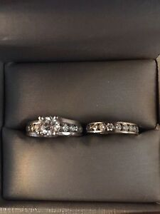 Engagement and wedding band rings