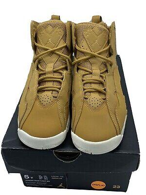 Nike Air Jordan True Flight BG SIZE 5Y Basketball Shoes Golden Harvest MSRP $100