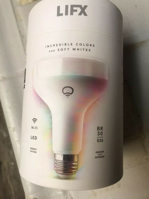 LIFX - 1100-Lumen, 11W Dimmable BR30 LED Bulb, 75W Equivalent - Multicolor NEW