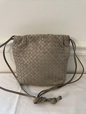 Vtg BOTTEGA VENETA Gray Intrecciato Woven Nappa Leather Shoulder Crossbody Bag