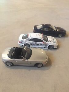 Various 1:18th scale diecast cars (pre-owned)