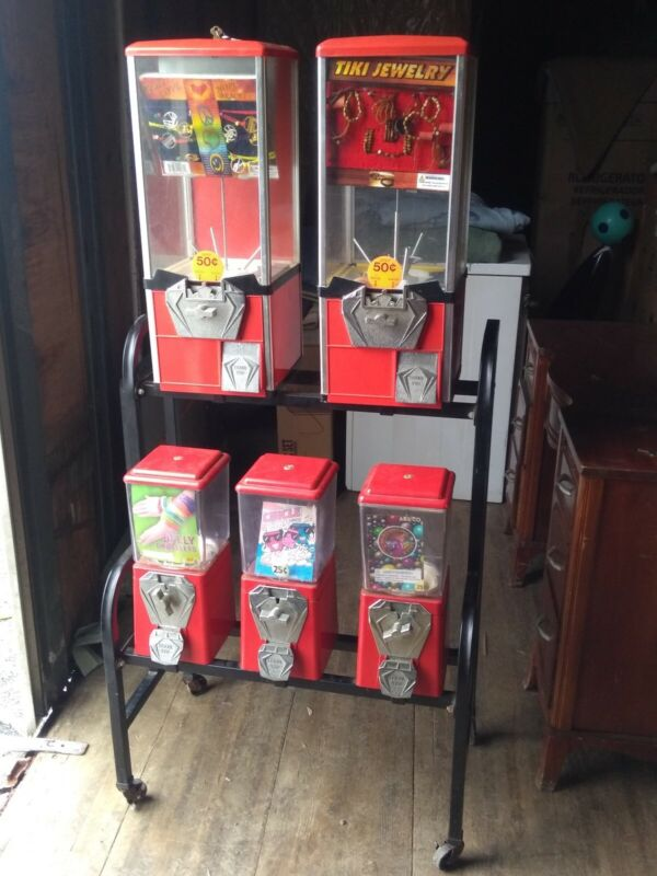 5 Vending machine Gumball/Candy/Capsule With Rack, bulk, toy, amusement, retail