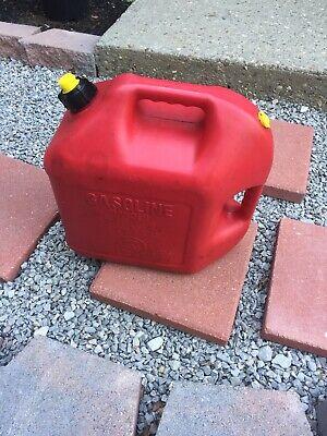 Blitz 5 Gallon Plastic Gas Gasoline Can Pour Spout Vented Quality Usa