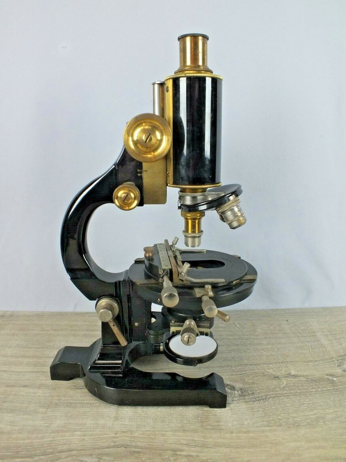 Antique A. G. Kremp  Wetzlar  Microscope c1929 Model KMA Large #1 w Extra Lenses
