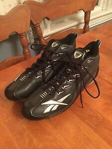 Reebok Men's Size 14 Football Cleats, Clean, Good Condition
