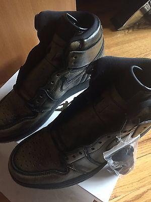 Air Jordan 1 Retro High OG Wings BLACK/BLACK-METALLIC GOLD size 8.5 DS