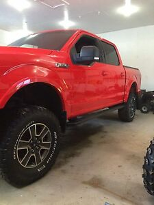"2015 Ford F-150 4x4 lifted 6"" with 35"" tires Mint !"