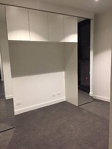 Melbourne CBD Luxury Apartment One Private Room for Rent Prahran Stonnington Area Preview