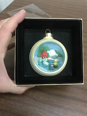 Hallmark Tree-Trimmer Collection 1979 Snoopy & Woodstock On Ice