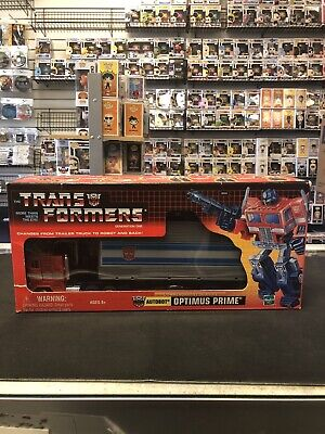 Toys R Us NEW Transformers G1 Commemorative Series I Optimus Prime  TRU 2002