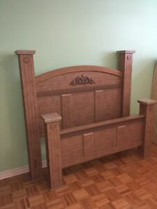 Queen size bed for sale ($250)