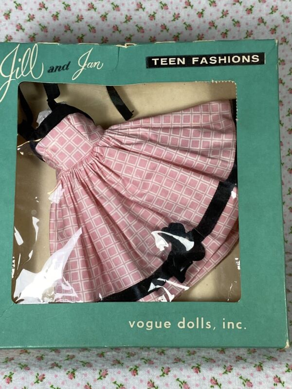 Circa 1958 Vogue Jill Outfit In Box
