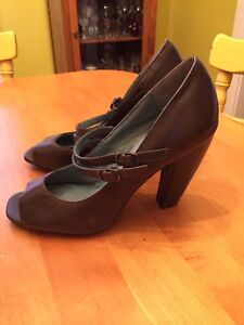 Vintage shoes! Like new!