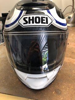 Shoei motorcycle helmet. Size L
