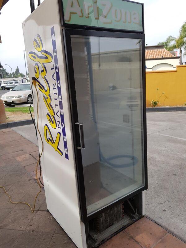 Refrigerator glass doorcommercial cooler Beverage-Air MT27 21 cu.ft.