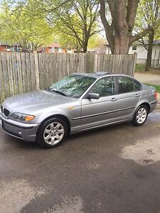 BMW 2004 325XI