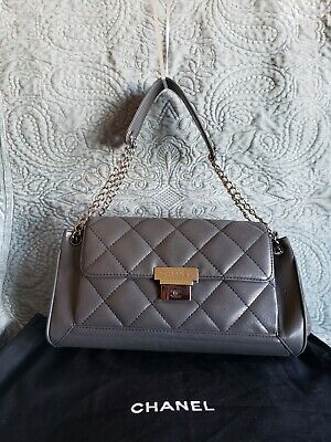 CHANEL - QUILTED DARK GREY LEATHER ACCORDION (Chanel Grey)