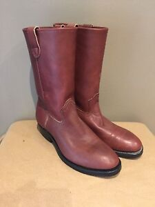 Brand new mustang steel toe work boots (size 9)