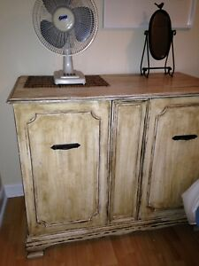 Commode antique massive