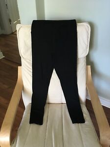 Old navy maternity capri leggings