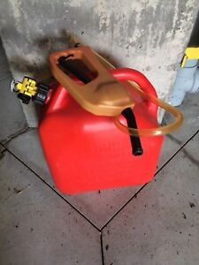 Gas Can with Hand Pump