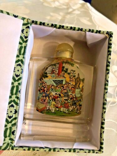 Chinese Glass Snuff Bottle in Box Different Scene on Each Side