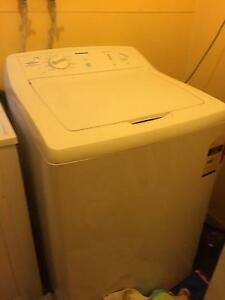 7.5kg Washing Machine South Penrith Penrith Area Preview