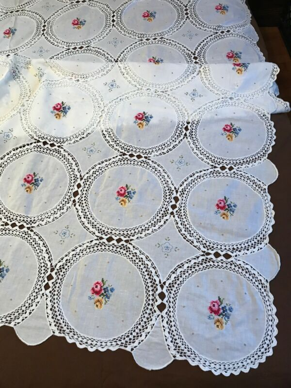 """FAB! VTG Hand Cross Stitch Embroidery & Crochet Lace Banquet Tablecloth 64""""x 98"""""""