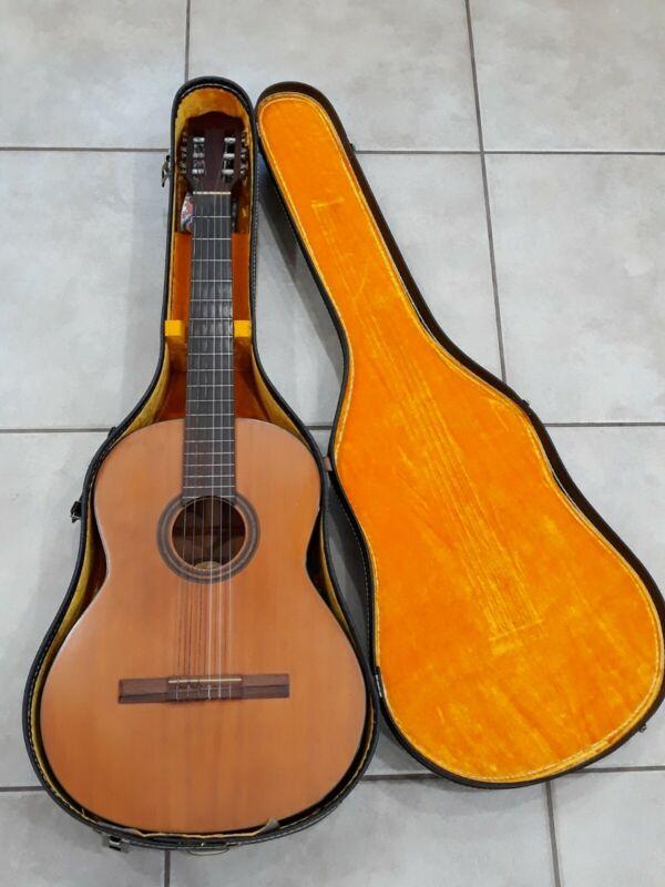 Vintage GUILD Mark II MK II 1967 Classical Guitar and Case Hoboken, NJ !!!