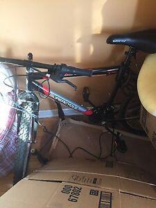 Velo supercycle neuf 200$