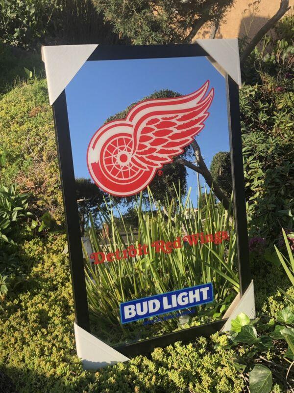 Bud Light Budweiser Detroit Red Wings NHL Hockey Beer Bar Man Cave Mirror