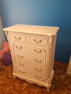 Chest of Drawers white hand painted    1200h x 800w x 400d