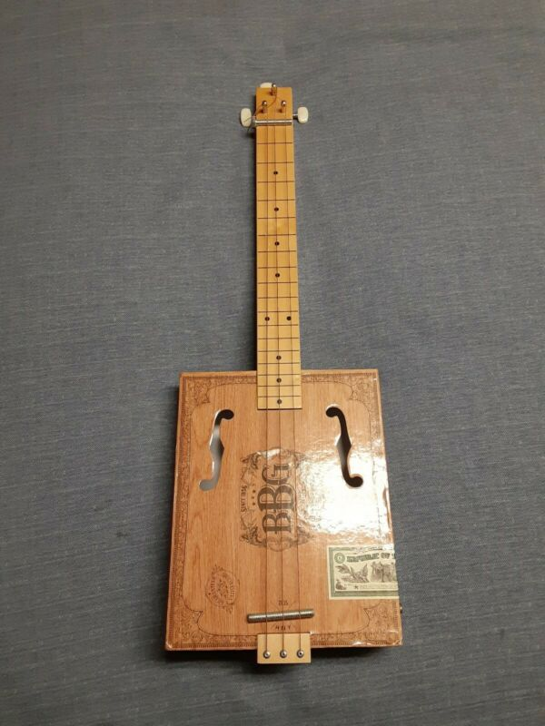 BBG CIGAR BOX 3 STRING GUITAR