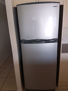 Samsung refrigerator great condition Aberglasslyn Maitland Area Preview