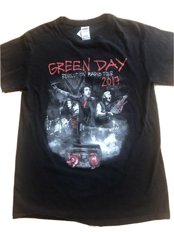 Green Day Revolution Radio Tour 2017  Concert T Shirt Small