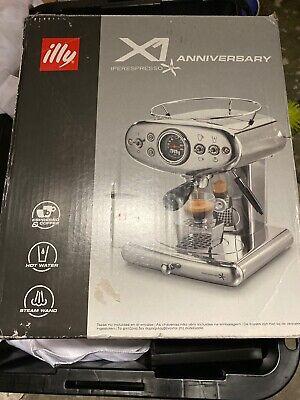 illy® X1 Anniversary Single Serve Espresso & Coffee Maker in black finish